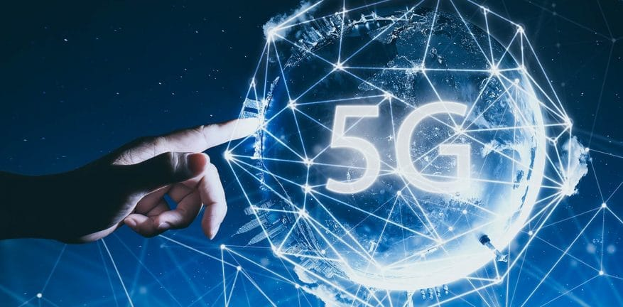 Blockchain-powered 5G-network