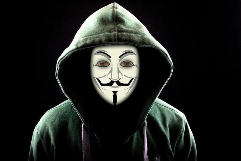 Advertencia por anónimo